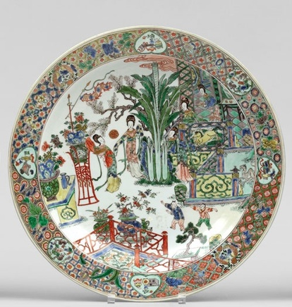 A LARGE AND VERY FINE FAMILLE VERTE DISH, Kangxi (1662-1722)
